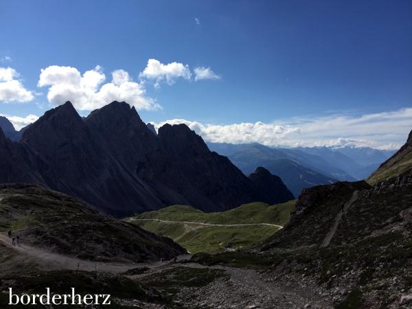 Blick von der Karlsbaderhütte in Richtung Lienz