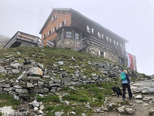 St. Pöltnerhütte